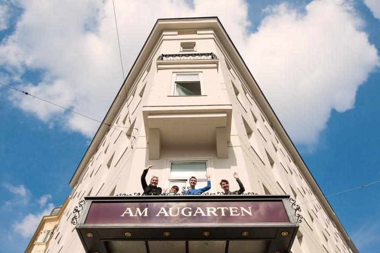AmAugarten_outside.jpg
